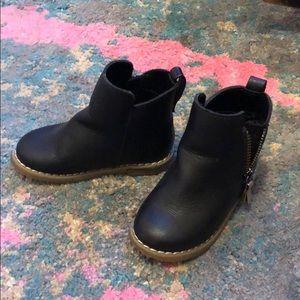 Baby Gap girls black moto boots, size 7 toddler